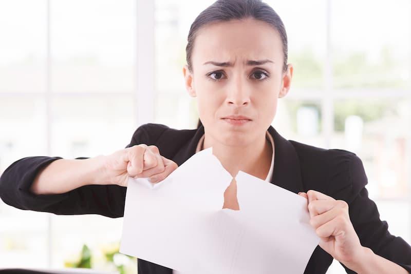 An welche Regeln muss sich der Arbeitnehmer bei der Eigenkündigung halten?