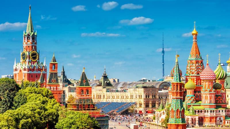 Ein Bild von Moskau - damit auch teure Städte bezahlt werden können, hilft das Urlaubsgeld