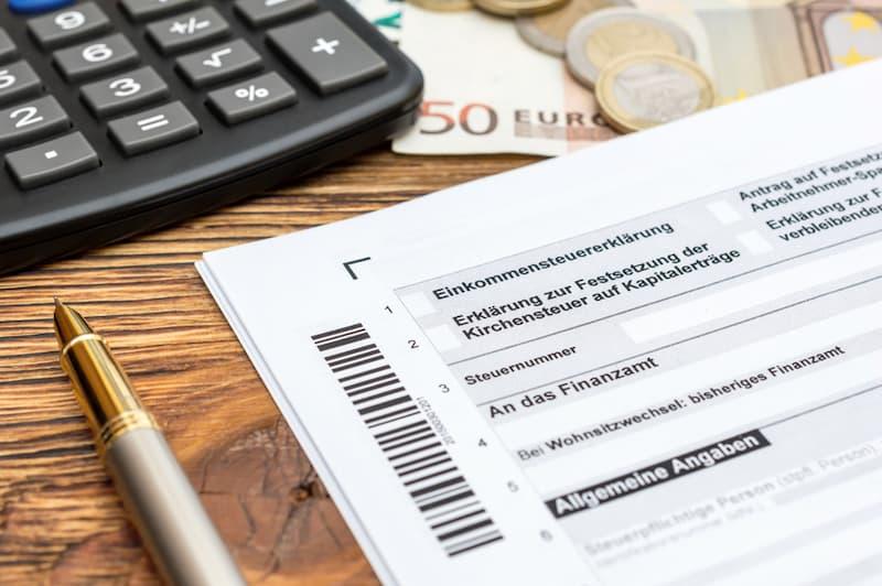 Eine Steuererklärung mit Taschenrechner, wie wird ein geldwerter Vorteil angegeben?